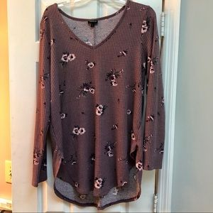 Torrid Size 1 Mauve Floral Long Sleeve V Neck Top